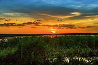 Photograph - Lake Okeechobee Sunset by Richard Goldman