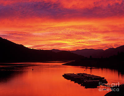 Photograph - Lake Shasta Sunset by Jim Corwin