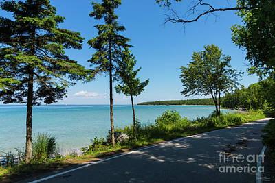 Photograph - Lake Shore Drive Paradise by Jennifer White