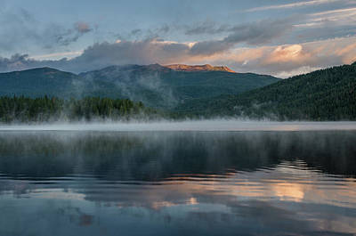 Photograph - Lake Siskiyou Summer Dawn by Greg Nyquist