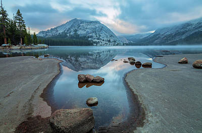 Photograph - Lake Tenaya At Early Dawn by Jonathan Nguyen
