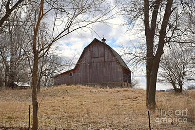 Photograph - Lakeview Barn by Kathy M Krause