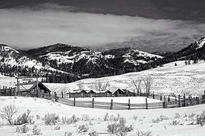 Wood Buffalo Photograph - Lamar Valley Ranger Station And Ranch by L O C