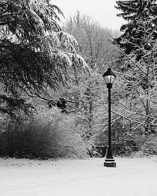 Stratford Photograph - Lamp Post In Winter - B/w by William Selander