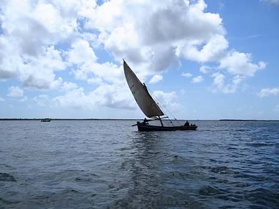 Exploramum Wall Art - Photograph - Lamu Island - Taifa - Wooden Fishing Dhow In The Wind by Exploramum Exploramum