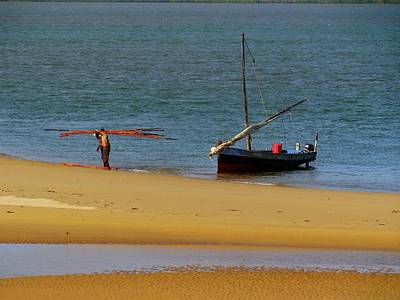 Lamu Island - Wooden Fishing Dhow Getting Unloaded - Colour Art Print