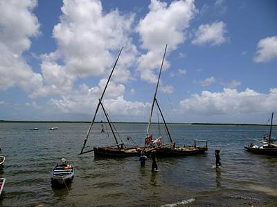Exploramum Photograph - Lamu Island - Wooden Fishing Dhows Being Unpacked by Exploramum Exploramum