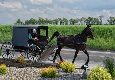 Amish Community Photograph - Lancaster Travel by Tricia Marchlik
