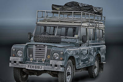 Photograph - Land Rover by Bill Dutting