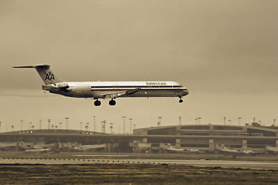 Airlines Photograph - Landing At Dfw Airport by Douglas Barnard