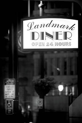 Photograph - Landmark Diner by Mark Andrew Thomas