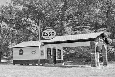 Achieving Royalty Free Images - Landrum Standard Esso Dealer Royalty-Free Image by Dale Powell