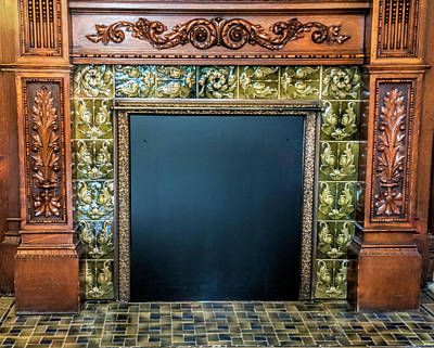 Photograph - Lane-hooven House Antique Fireplace by Phyllis Taylor