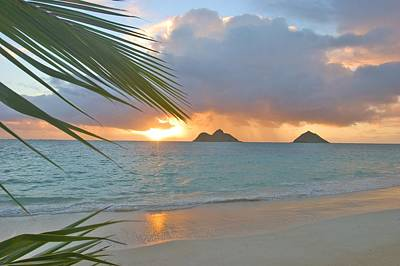 Photograph - Lanikai Sunrise by Tomas del Amo - Printscapes