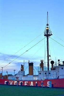 Photograph - Lantern Of The Lightship Overfalls by Kim Bemis