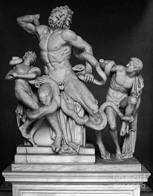 Photograph - Laocoon And His Sons Ancient Greek Statue At The Vatican by Gregory Dyer