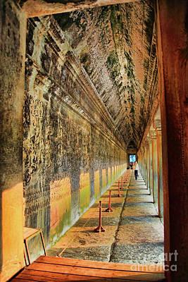 Photograph - Large Wall by Rick Bragan