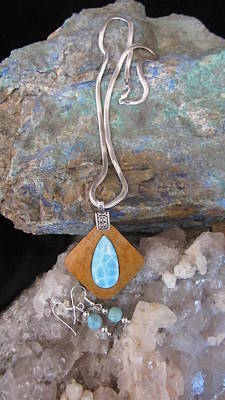 Larimar R100 Original by Barbara Prestridge