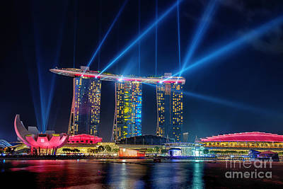 Photograph - Laser Show At Mbs Singapore by Yew Kwang