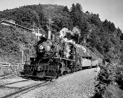 Photograph - Last Days Of Oregon Steam by HW Kateley