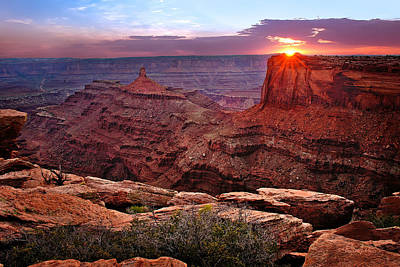 Photograph - Last Light At Dead Horse Point by Renee Sullivan