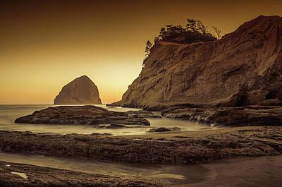 Photograph - Last Light Kiwanda by Don Schwartz