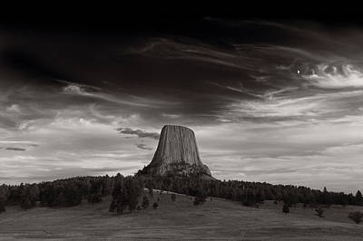 West Photograph - Last Light On Devils Tower Bw by Steve Gadomski