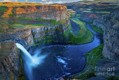 Whitmans Photograph - Last Light On Palouse Falls by Inge Johnsson