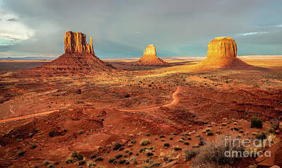 Photograph - Last Light Over Monument Valley by Mimi Ditchie