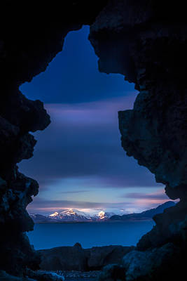 Photograph - Last Light Through Lava by Glen Sumner