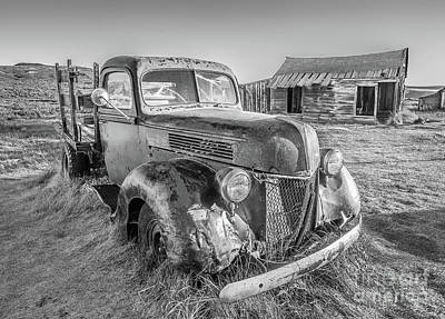 Photograph - Last Load  by Charles Garcia