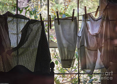 Photograph - Laundry Day by Mitch Shindelbower