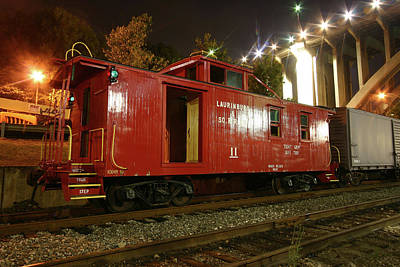 Photograph - Laurinburg Southern Caboose 10 Color by Joseph C Hinson Photography
