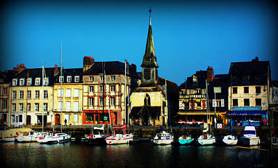 Photograph - Le Port De Honfleur by Susie Weaver