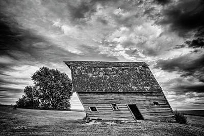 Photograph - Leaning Barn Of Tuttle by Jeff Swanson