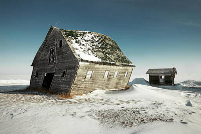 Abandoned Ranch Photograph - Leaning Barn by Todd Klassy