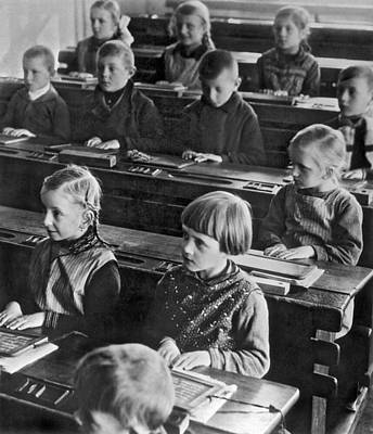 Schoolroom Photograph - Learning Abc's In Berlin by Underwood Archives