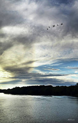 Photograph - Leaving At Dusk by Bill Lere