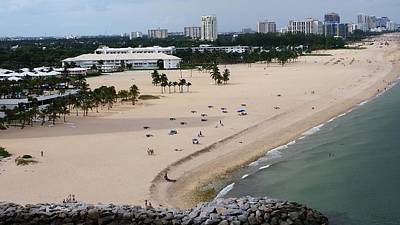 Photograph - Leaving Ft Lauderdale by Florene Welebny