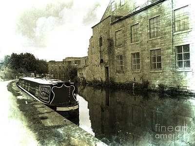 Photograph - Leeds Liverpool Canal Unchanged For 200 Years by Brenda Kean