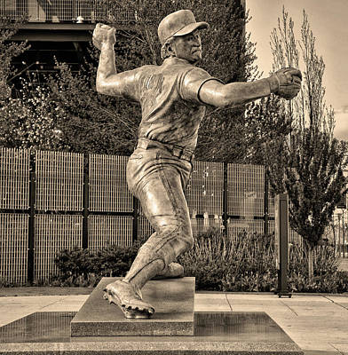 Phillie Photograph - Lefty - Phillie Steve Carlton In Sepia by Bill Cannon