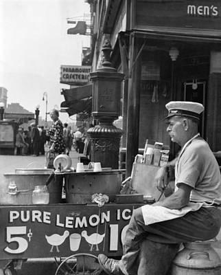 Cross-cap Photograph - Lemon Ice Vendor by Underwood Archives