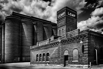 Photograph - Lemp And Cable Rr B And W Dsc06463 by Greg Kluempers