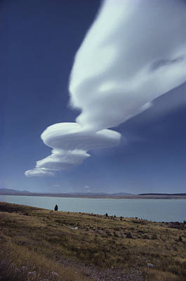 Photograph - Lenticular Cloud by Brian Brake