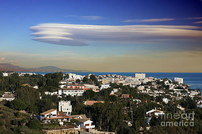 Photograph - Lenticular Cloud Over Andalucia by Rod Jones
