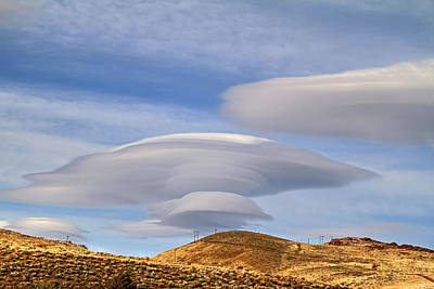 Photograph - Lenticular Landing by Donna Kennedy