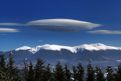 Photograph - Lenticulars Over Mount Washington by Chris Whiton