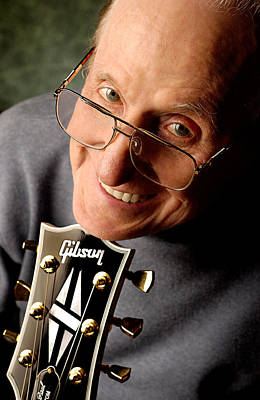 Photograph - Les Paul With Gibson Headstock By Gene Martin by David Smith