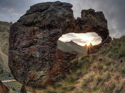Photograph - Leslie Gulch Arch 2 by Leland D Howard