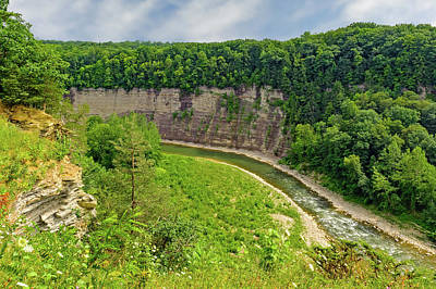 Photograph - Letchworth State Park Canyon  -  Letchworthparkcanyon172392 by Frank J Benz